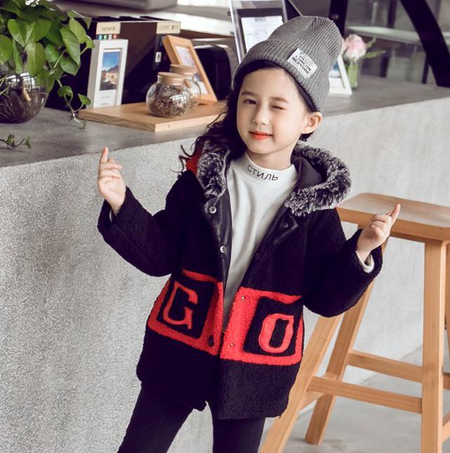 11 110-160 童裝 貼皮繡花羊羔絨外套(2色)