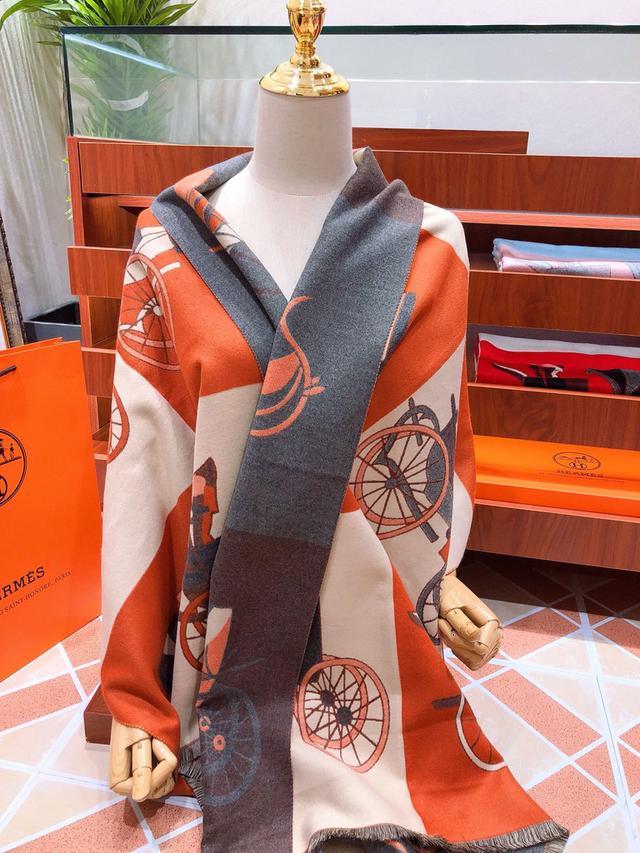 118758 愛馬仕(Hermès)2020年度秋冬新款 強烈推薦的一款絲巾圍巾 180*70