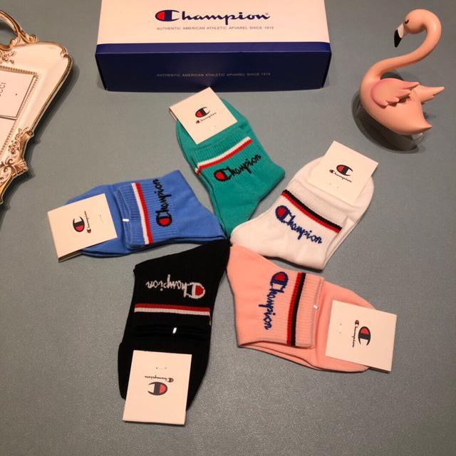 配包裝【冠軍】2020新款中短款短襪款襪子!一盒五雙專櫃同步筒襪襪子