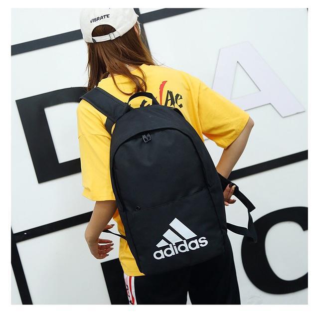 adidas 阿迪达斯专柜同步,男女通用.高品质双肩背包情侣包