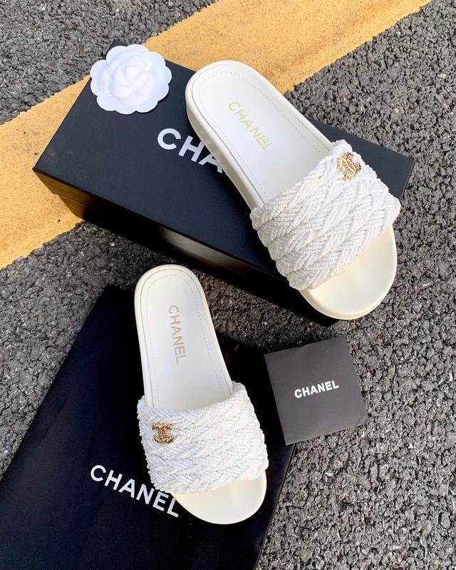 香奈儿 串珠拖鞋