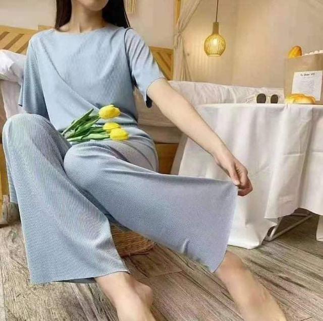 (預購S) K341 - 軟軟套裝休閒冰絲短袖闊腿長褲兩件套