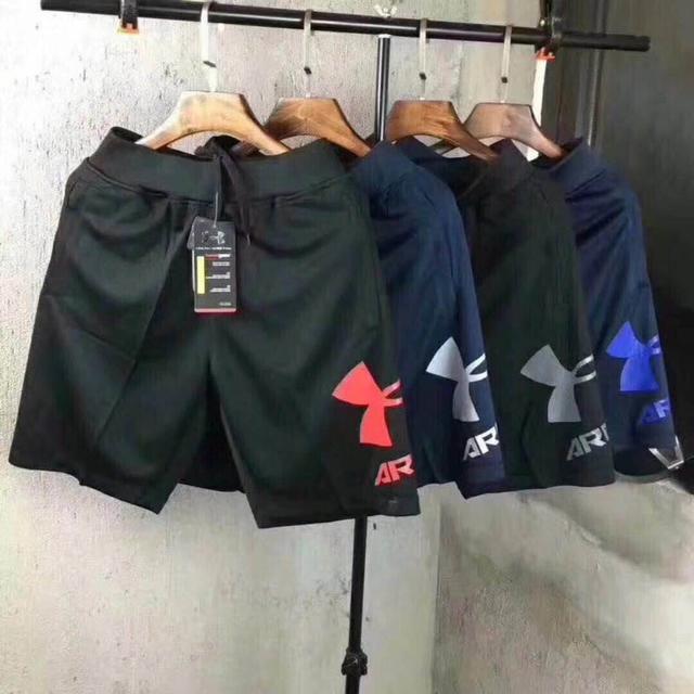UA 大標男士短褲