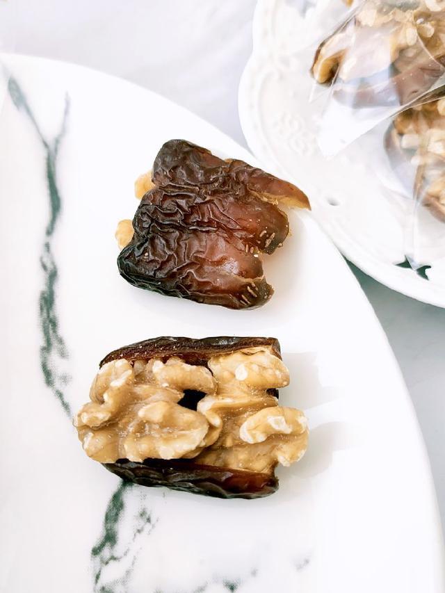 椰棗核桃果300g~蜂蜜口感+烘焙核桃夾心 6顆就夠養生堅果