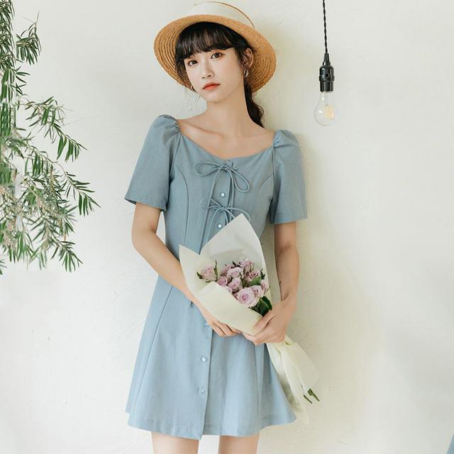 赫本風法式復古氣質方領單排扣收腰顯瘦小個子超仙連衣裙女
