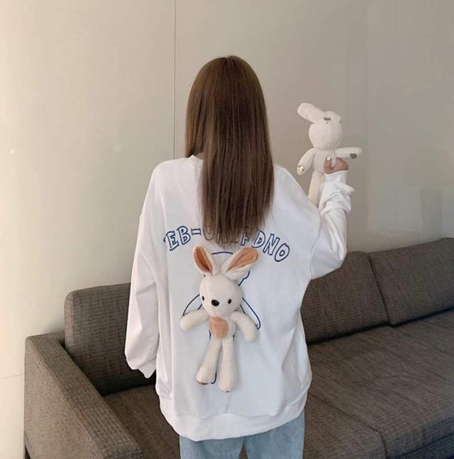 【預購】背後兔子玩偶上衣