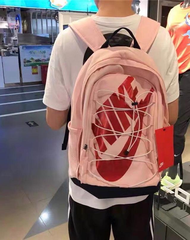 Nike 耐克男女包新款高中大学生书包变色龙logo运动双肩背包