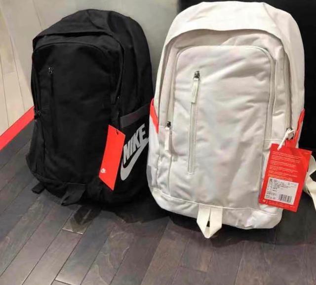 耐克双肩包男女包2019新款运动背包书包电脑旅行包
