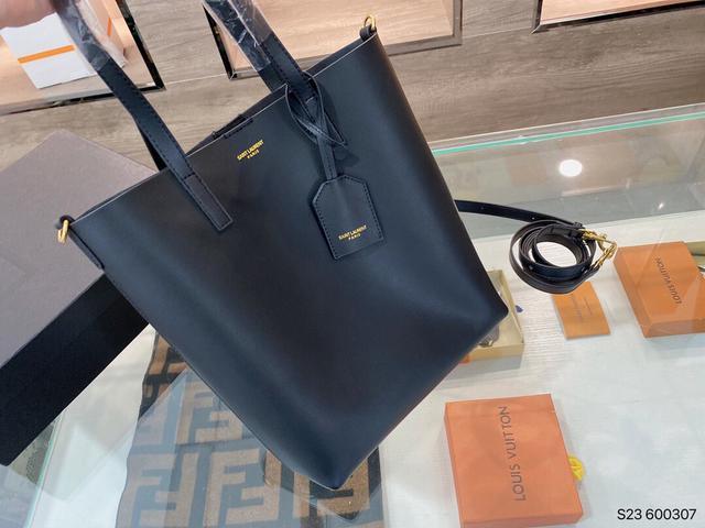 聖羅蘭 新款購物袋 這只購物袋 沙灘包