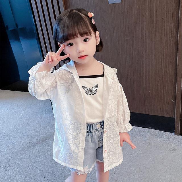 【DONGHWA.】kb12131 新款女寶寶花朵蕾絲空調衫時髦薄款開衫防曬衣潮