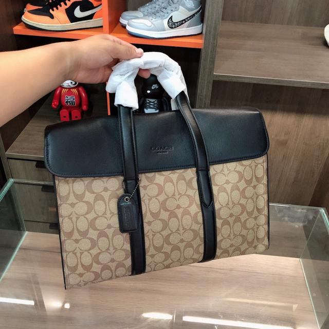 Coach 蔻馳 🧳Metropolitan公文包  手提包 原廠🐂材質 高端貨
