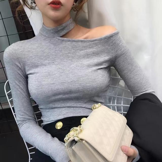 95棉 小心機露鎖骨長袖T恤女時尚百搭掛脖修身純色打底衫秋新款潮
