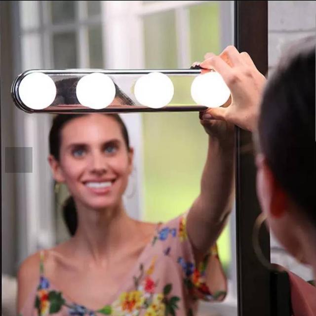吸盤式化妝燈