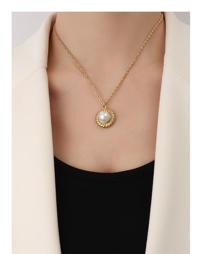 歐美IG風個性草帽造型鑲嵌仿珍珠設計鈦鋼項鏈鍍18K真金鎖骨鏈