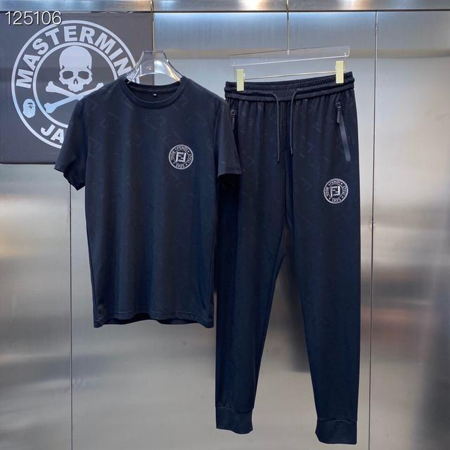 芬迪  Fendi  高端貨  2021夏季新款休閒短袖套裝,高端版本!