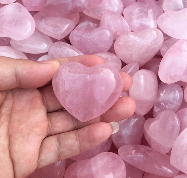 天然能量石-粉水晶(桃花)