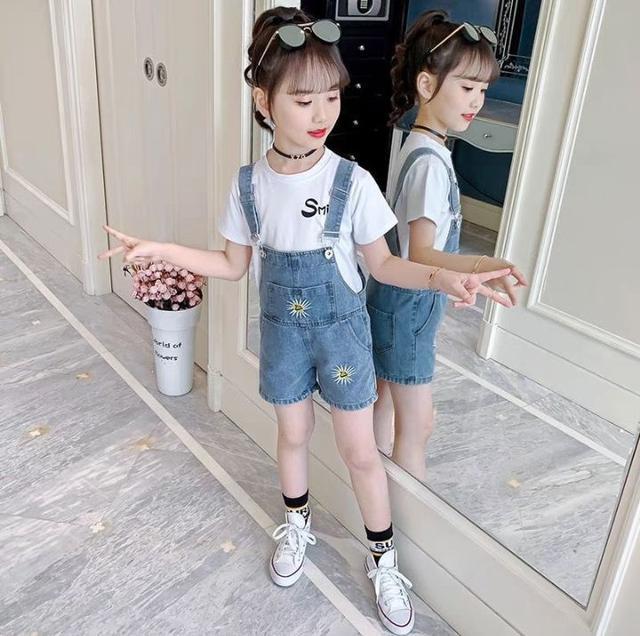 夏季~韓國寬鬆兒童吊帶牛仔褲(5/8結單)