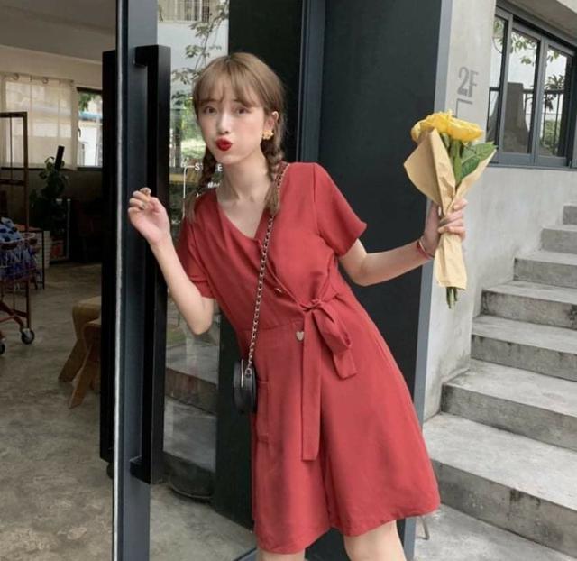 韓版顯瘦愛心釦收腰小洋裝