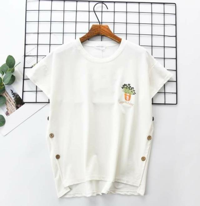 韓版花卉刺繡棉質T (均碼 S~XL適穿)