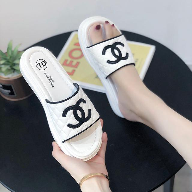 2020夏季新款拖鞋女外穿潮軟底一字拖平底涼鞋防滑舒適休閒鞋