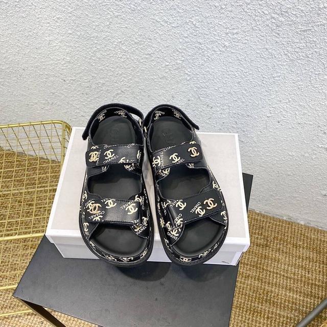 老爹涼鞋女2020夏季新品魔術貼松糕鞋子厚底增高運動風露趾女鞋潮小香涼鞋