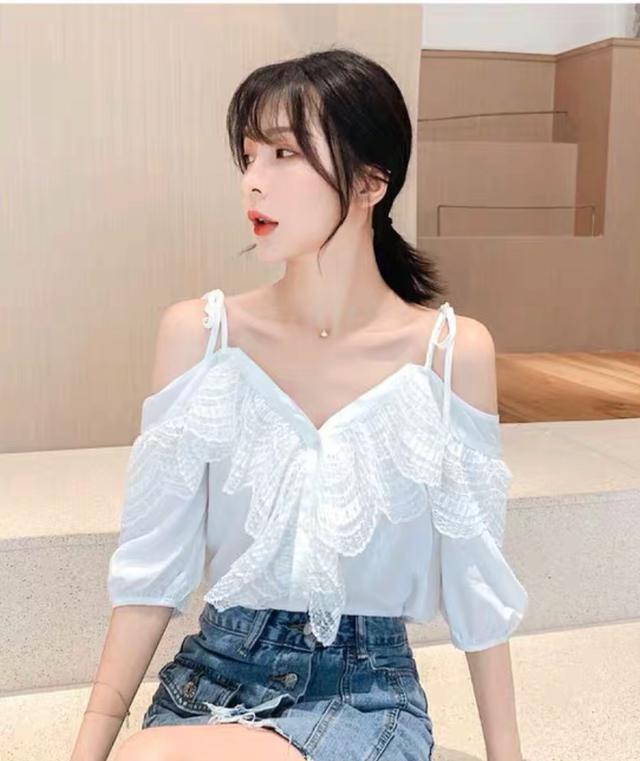 2019夏装韩版很仙的设计感女蕾丝雪纺衫衬衣一字肩洋气吊带上衣潮
