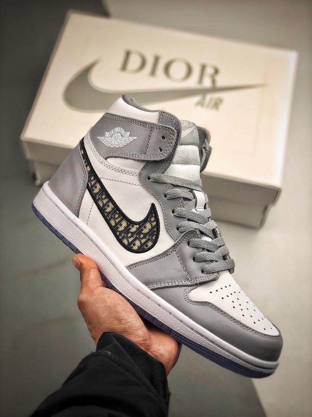 Dior x Jordan Brand Air Jordan 1 高筒球鞋