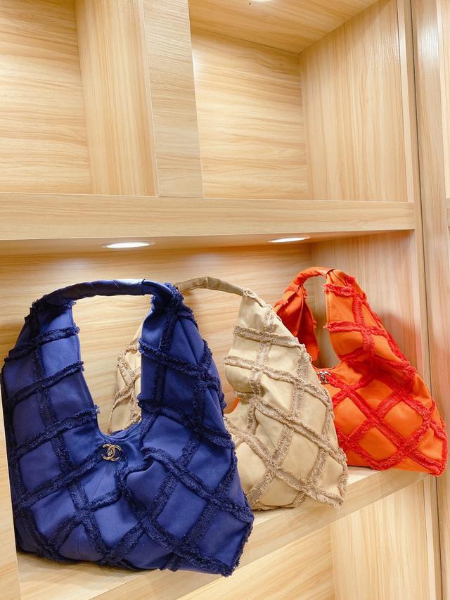 Chanel華夫餅購物袋