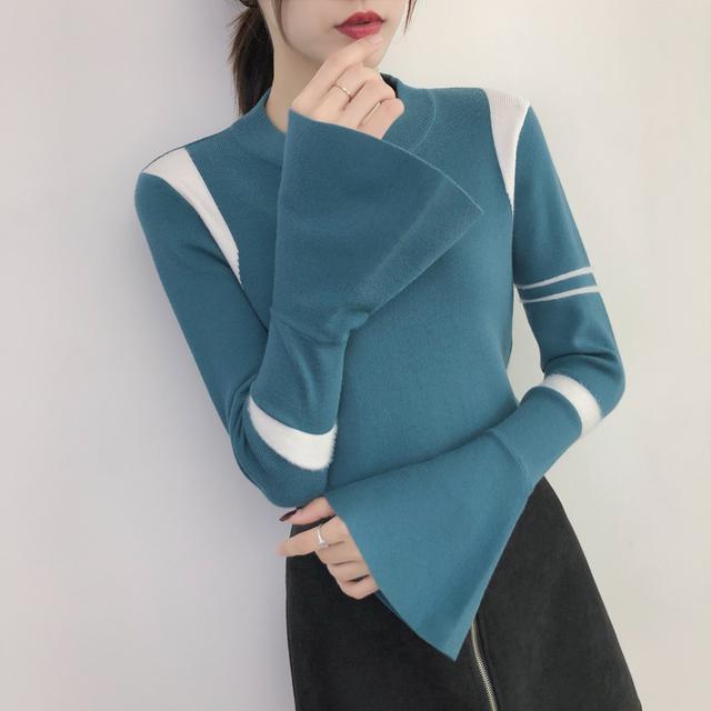10月 針織打底衫修身百搭喇叭袖(三色入)
