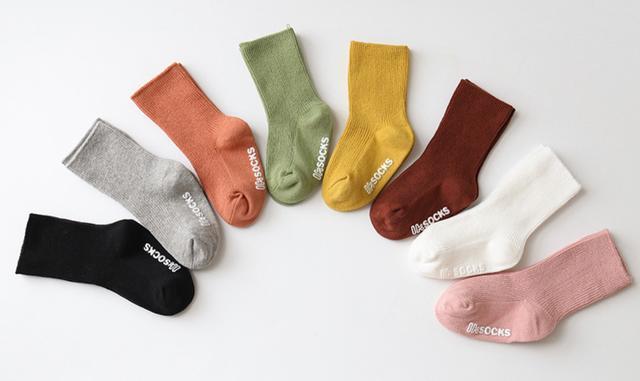秋款韓國素色中筒襪