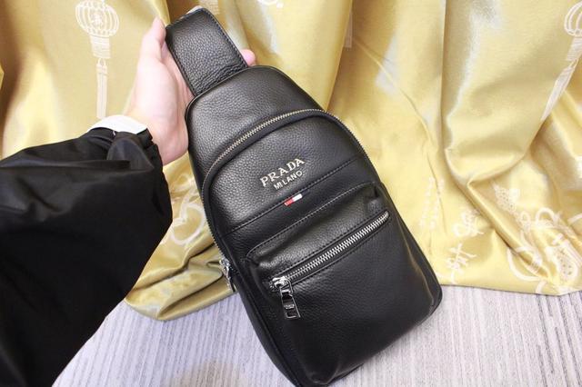【普】拉達 胸包📣最新爆款 回貨 回貨私人定制原單貨