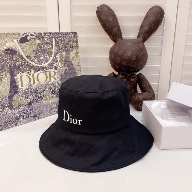 【DIOR迪奧】2020新款帽子簡約風漁夫帽,爆款,超好搭配,兩面款可折疊周年慶特價