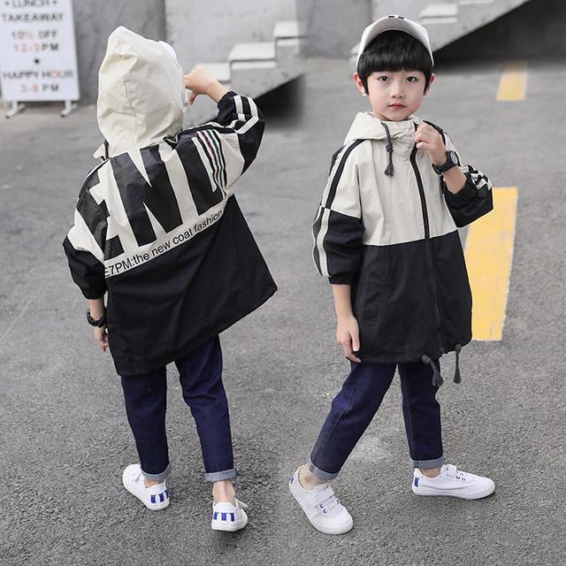 12/6 110-160 童裝潮牌休閒連帽風衣式外套(2色)