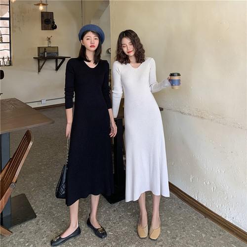 B 12/11 赫本風v領針織連衣裙 (2色)