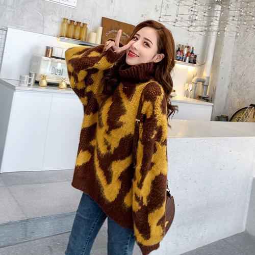 11 慵懶風高領豹紋針織毛衣 (2色)