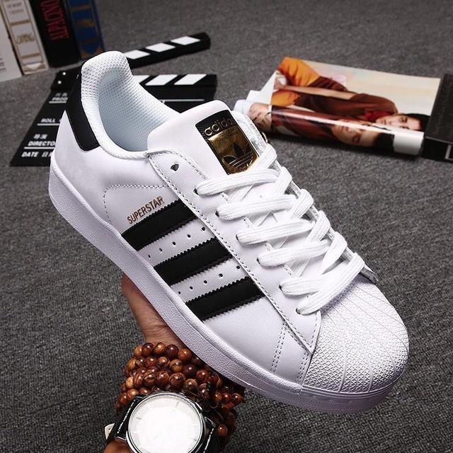 Adidas愛迪達三葉草帆布鞋 休閒板鞋 金標 白黑 經典款 貝殼鞋 貝殼頭板鞋 潮流百搭