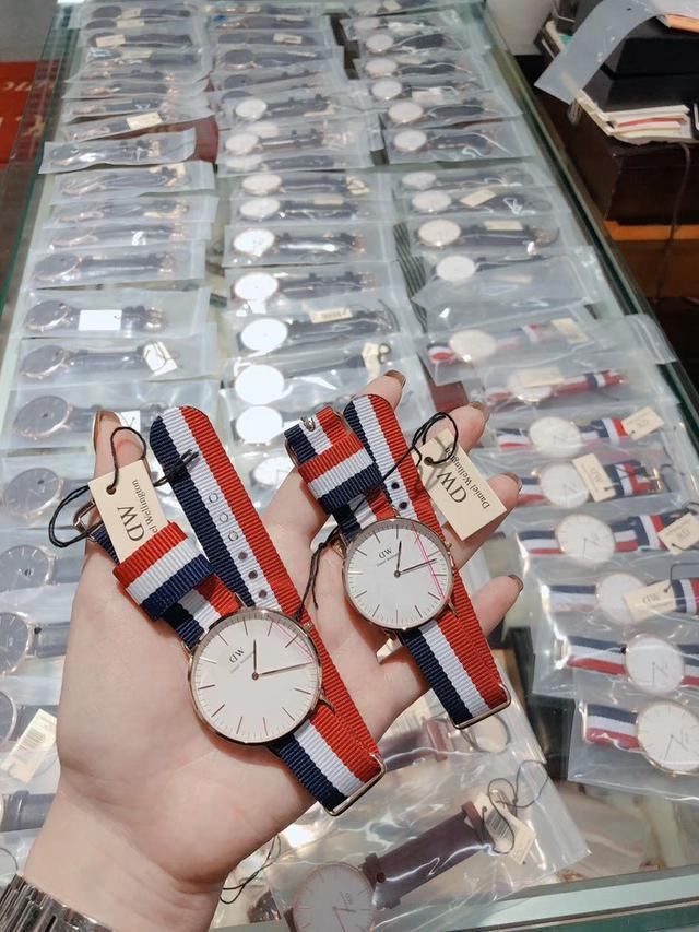 DW 真正GL20机芯 (专柜同机芯) 全套包装🎁  纯皮表带‼正品男女手錶專櫃同機芯正品出貨