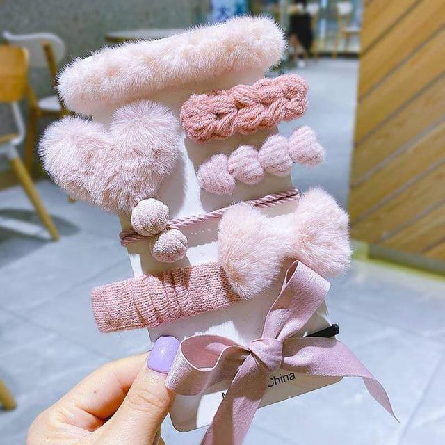 『預購』韓版毛絨髮夾8件組