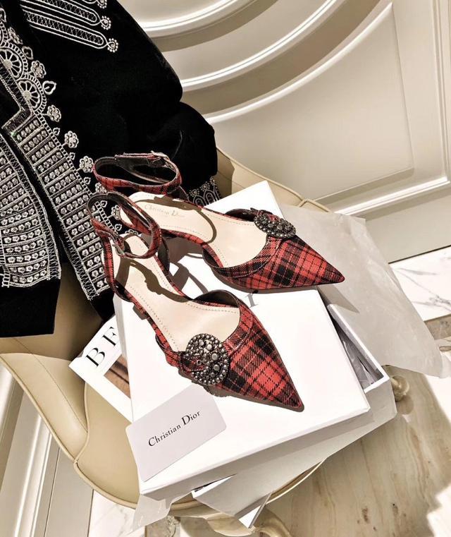 850nt dior 高跟鞋~ 迪奧 帶手提袋 紙袋 發票