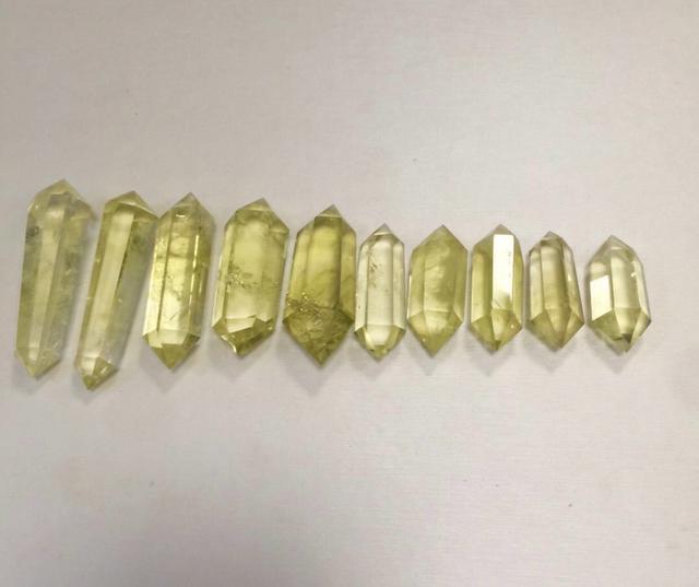 天然能量石-黃水晶柱(招財)