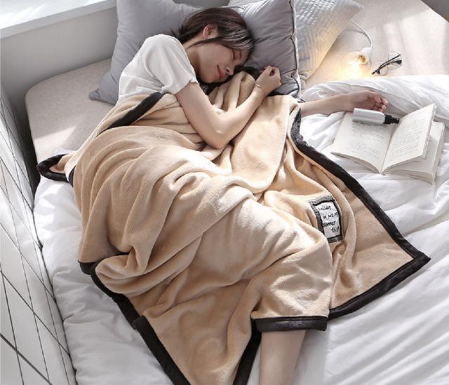 加厚珊瑚絨空調毯膝蓋毯100*150cm