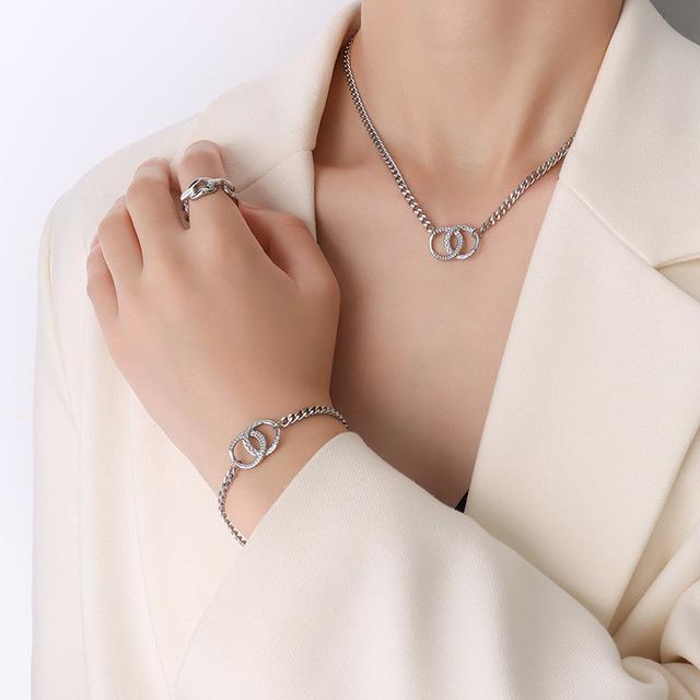 歐美工業風雙環扣冷冽粗扁鈦鋼鏈條設計鍍18K金手鏈項鏈套裝