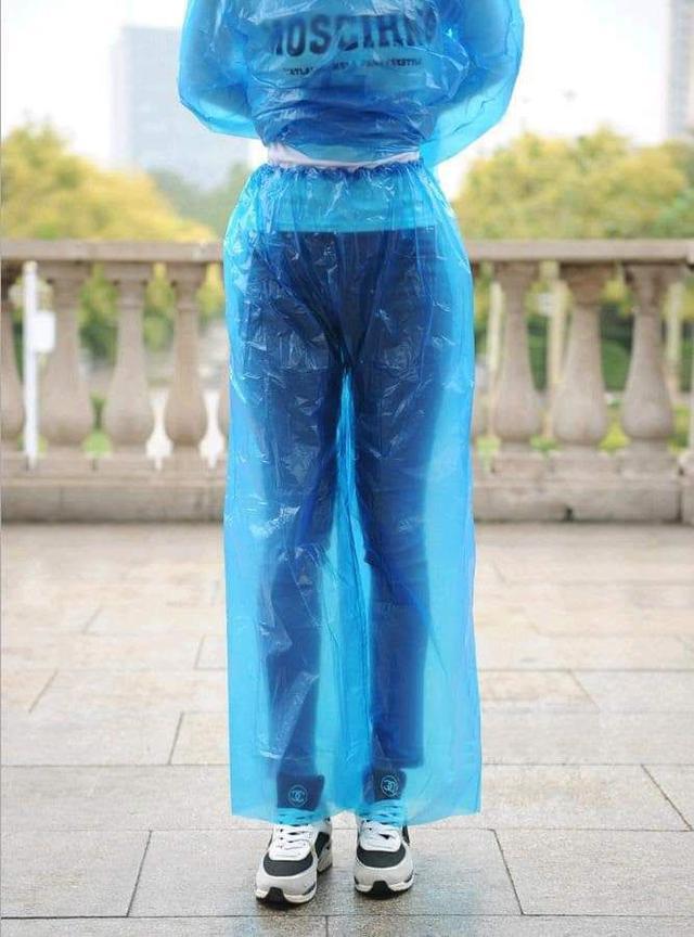 二件式衣服+褲子可拋式輕便雨衣(一組5套)