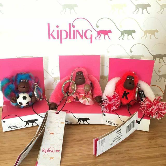 全新真品 Kipling 夏威夷/足球鑰匙圈