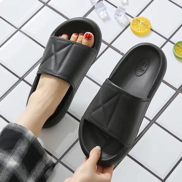 厚底防滑拖鞋