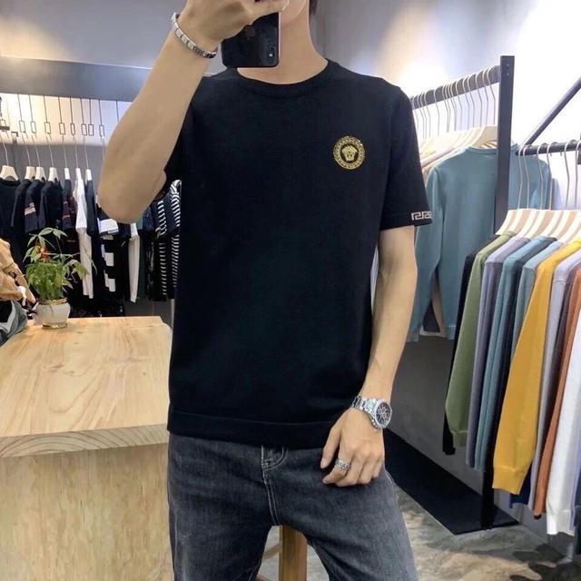 夏季新款美杜莎刺繡圓領T恤男士短袖袖標打底衫修身半袖體恤
