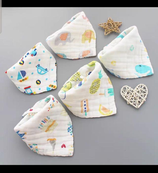 ♥️8層紗 三角口水巾