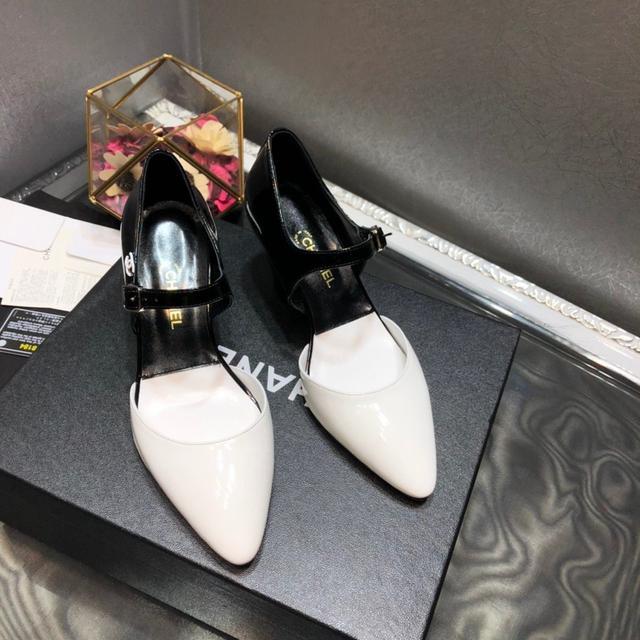 新品  Chanel香奈儿2020早春秀款高跟撞色漆皮尖头淑女鞋