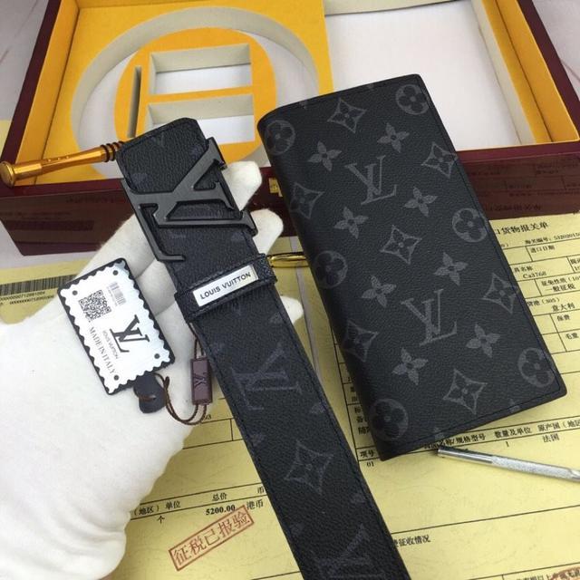 意大利进口🐂百分百头层牛皮,LV.易路威登,世界著名奢侈品品牌,父親節特價皮帶原单!如图木盒包装