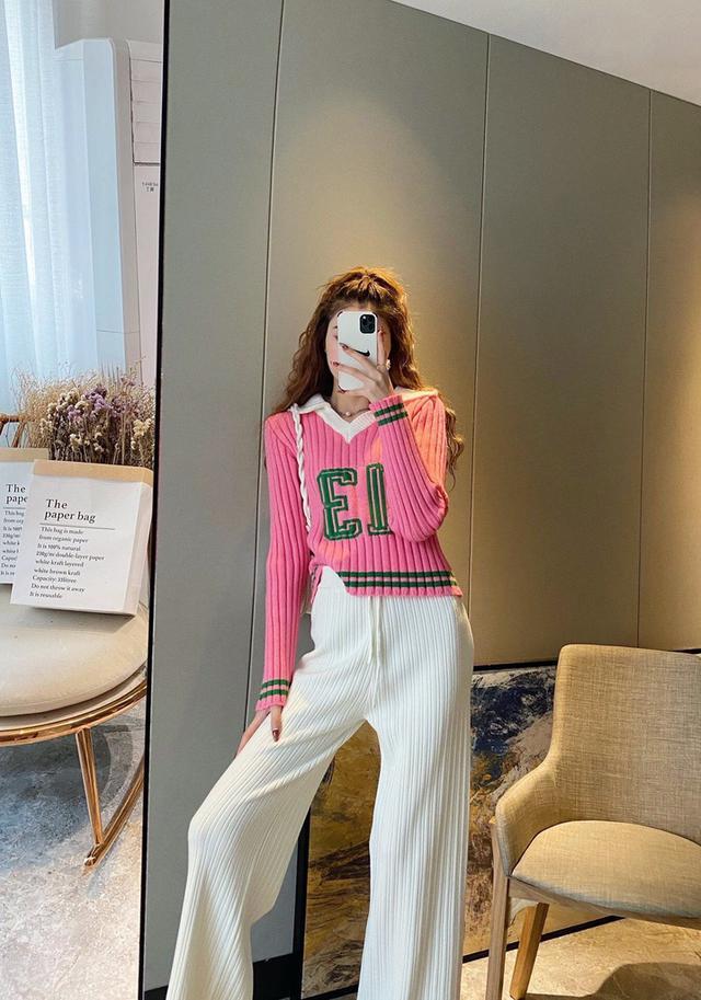 秋冬新款时尚玫粉色撞色字母polo针织衫+针织阔腿裤套装